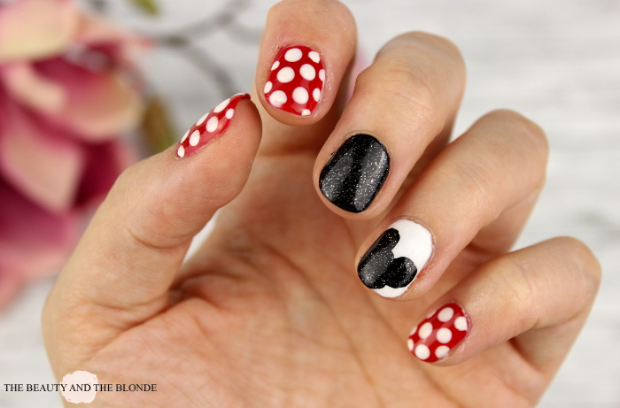 Disney Nail Art, Mickey Mouse