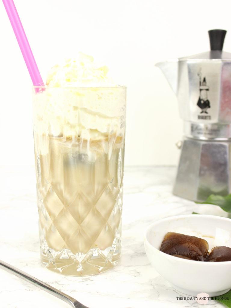 Homemade Iced Coffee Eiskaffee Sahne DIY Kristallglas