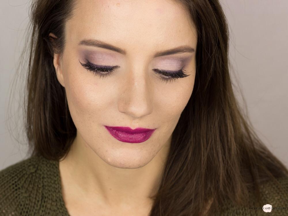 Lorac Pro Palette Soft Lilac Look Eine Palette vier Looks AMU Matte Eyeshadow Violet Lashes