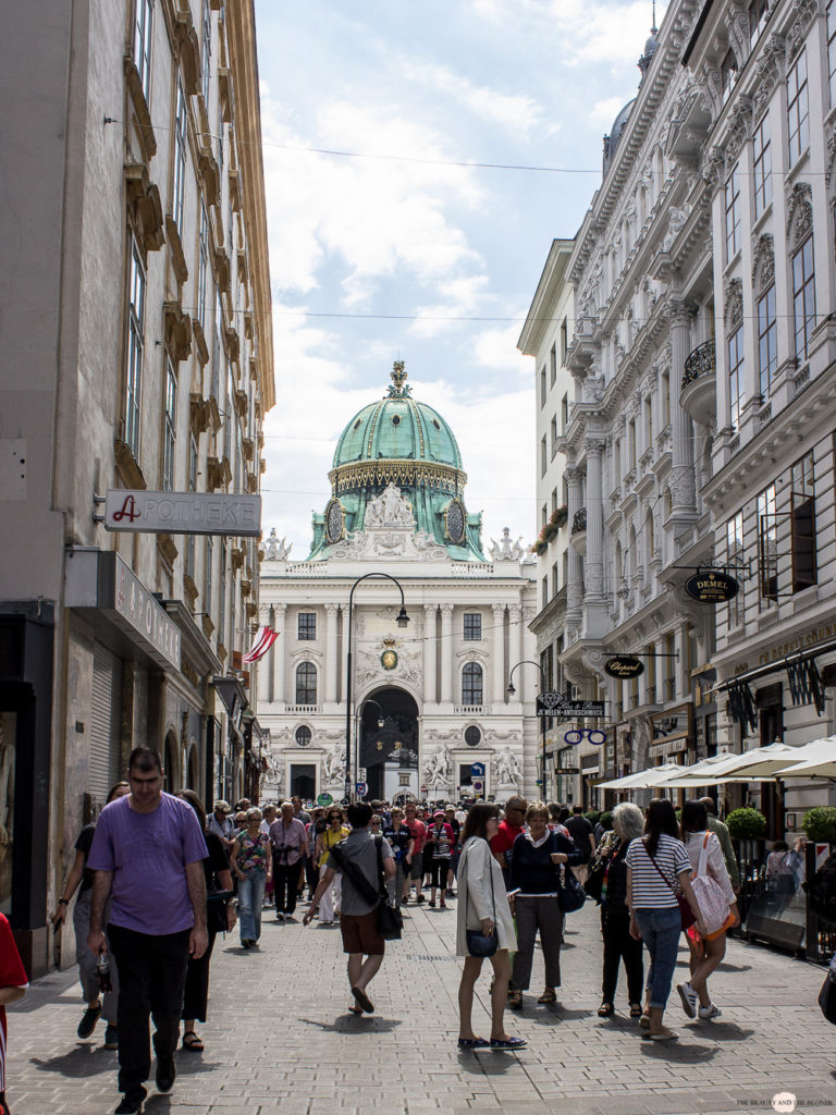 Wien in 24 Stunden Travelguide Tipps Reisetipps Michaelerkuppel Hofburg Wien